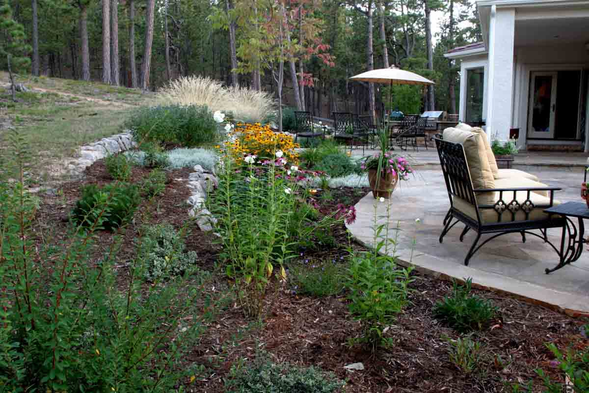 Colorado landscape designer helping you turn colorado for Patio garden ideas designs